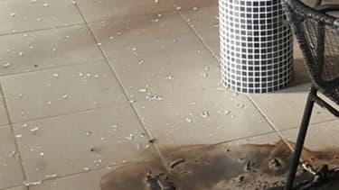 Photo des dégâts causés par le cocktail molotov fin juillet publiée sur la page de l'Association franco-turque Valence. - Association franco-turque Valenc -