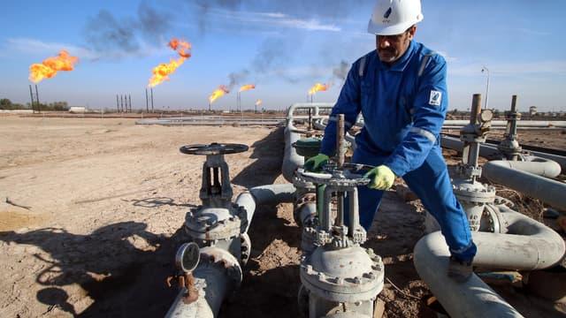 L'ensemble des transactions du secteur pétrogazier a atteint 395 milliards de dollars en 2016. (image d'illustration)
