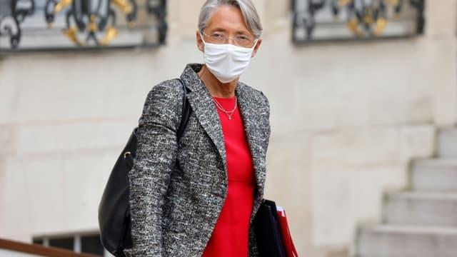 La ministre française du Travail Elisabeth Borne à Paris, le 20 janvier 2021