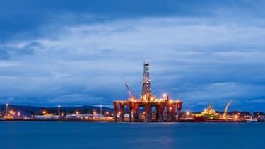 Une plateforme pétrolière en mer du Nord, au large de l'Ecosse.