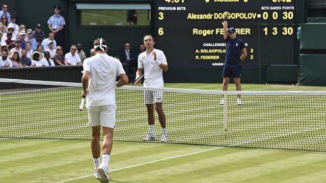 Alex Dolgopolov a abandonné face à Roger Federer