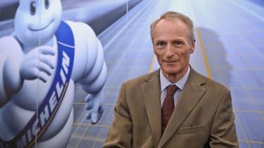 Le fabricant français de pneumatiques Michelin, par la voix de Jean-Dominique Senard, son président,  a confirmé pour 2016 son objectif d'une croissance de ses ventes supérieure à celle des marchés sur lesquels il opère