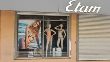 La vitrine d'une boutique Etam (Photo d'illustration).
