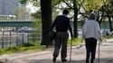 """Soixante-sept pour cent des Français jugent que le gouvernement n'est """"pas juste dans ses choix"""" sur la réforme des retraites mais 58% estiment """"acceptable"""" le recul de deux ans de l'âge légal, selon l'Ifop. /Photo prise le 24 avril 2010/REUTERS/John Schu"""