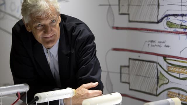 Dans un courriel à ses salariés, James Dyson annonce la fin de son projet de voiture électrique