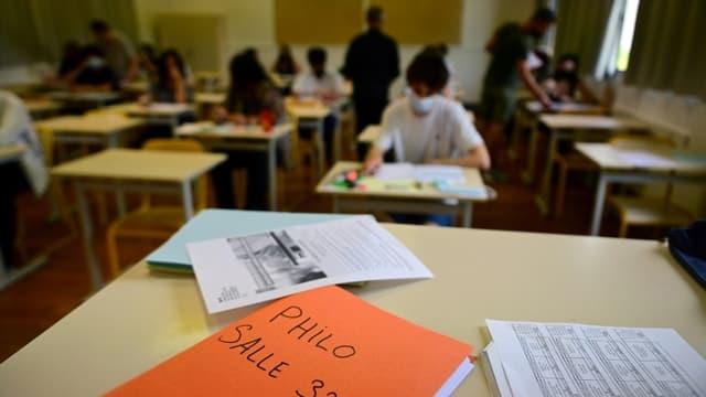 Epreuve du bac de philosophie au lycée Hélène Boucher à Paris, le 17 juin 2021