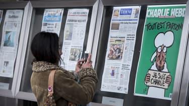 Les Unes des journaux exposées à Washington, le 14 janvier 2014.