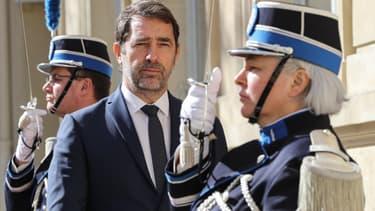 Christophe Castaner a indiqué au Parisien que l'attestation sur smartphone serait valable dès lundi prochain.