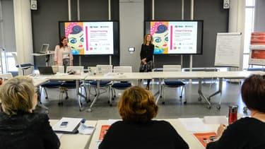 Les ateliers donnent les argumentes à faire valoir auprès d'un recruteur ou d'un employeur.