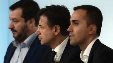 Matteo Salvini (Ligue), le président du Conseil Giuseppe Conte et Luigi di Maio (Mouvement 5 étoiles).