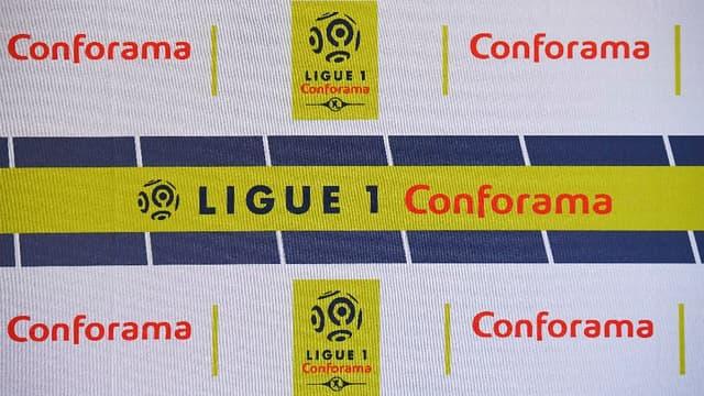 Les joueurs de Ligue 1 et de Ligue 2 vont respecter une minute de silence ce week-end en hommage aux victimes de l'attentat de Barcelone.