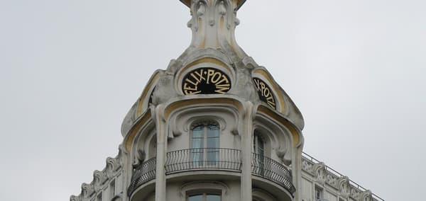 Alors que Félix Potin comprend près de 400 magasins et plus de 1.000 salariés, le groupe est liquidé en décembre 1995.