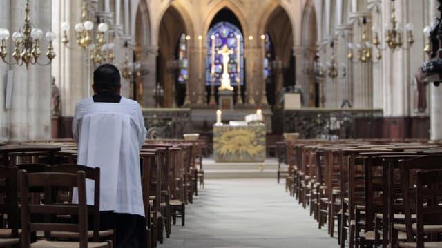 Des os humains ont été découverts dans les combles de l'église
