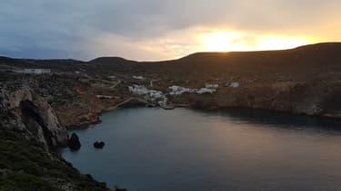 Une crique en Grèce (PHOTO D'ILLUSTRATION).