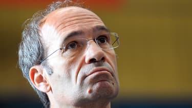 """Eric Woerth a-t-il fait un cadeau fiscal à Bernard Tapie? C'est ce qu'affirme """"Libération"""", ce vendredi 25 octobre."""