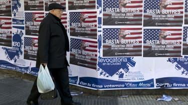 L'Argentine a dû mettre un genou à terre devant les fonds spéculatifs qui refusaient la décote de leurs titres de dette.