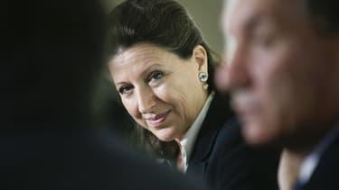 La ministre de la Santé, Agnès Buzyn, à la Maison de la sante à Chalus, en Haute-Vienne, le 13 octobre  2017