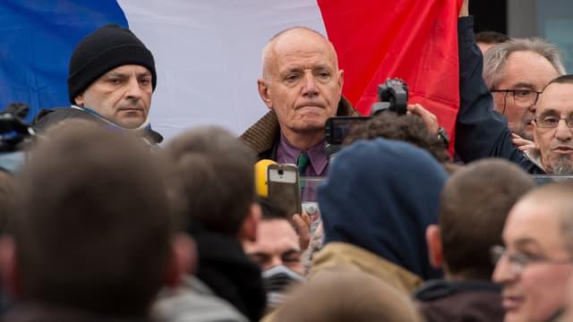 """Le général Piquemal a appelé les """"citoyens patriotes"""" à participer au rassemblement organisé par Pediga à Calais."""
