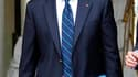 Mouammar Kadhafi pourrait être autorisé à rester en Libye à condition de renoncer clairement à toute activité politique dans son pays, a déclaré mercredi le ministre des Affaires étrangères Alain Juppé. /Photo prise le 20 juillet 2011/REUTERS/Éric Gaillar