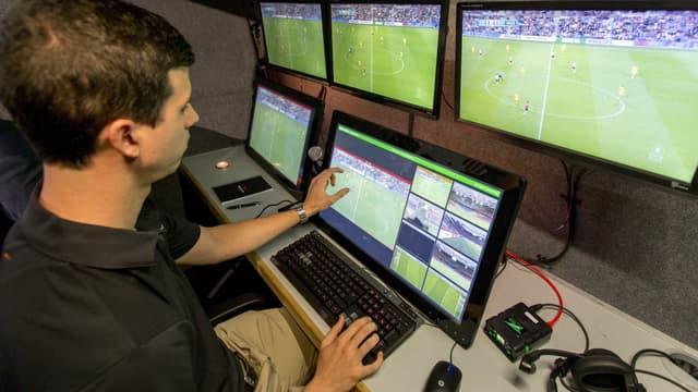 Après les matches internationaux et les barrages, l'assistance vidéo va s'inviter en Coupe de la Ligue.