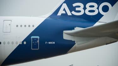 Les boîtes noires automatiques pourraient équiper les A380 et A350 d'Airbus