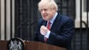 Boris Johnson, en pleine conférence devant le 10 Downing Street, ce lundi 27 avril.