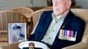 Claude Choules, qui passait pour être le dernier combattant encore en vie de la Première Guerre mondiale et avait également participé à la Seconde, est mort dans son sommeil dans la nuit de mercredi à jeudi en Australie à l'âge de 110 ans. /Photo prise le