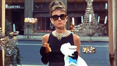 """Audrey Hepburn dans """"Diamants sur canapé"""""""