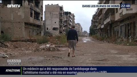 Homs, une ville syrienne martyre où la vie reprend timidement au milieu des ruines