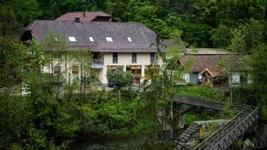 Hôtel situé en bordure de la rivière à Passau, en Bavière, où les trois corps ont été découverts