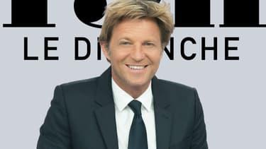 """Laurent Delahousse sur le plateau de """"19H le dimanche"""""""