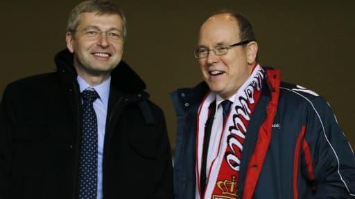 Dmitry Rybolovlev (à gauche), le propriétaire de l'AS Monaco, en compagnie du prince Albert de Monaco.