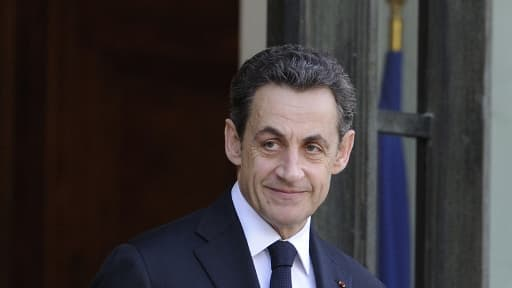 La simple venue de Nicolas Sarkozy au siège de l'UMP fait des remous.