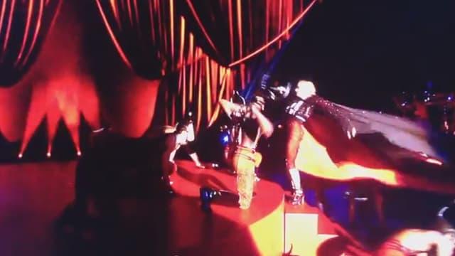Madonna a lourdement chuté, mercredi soir, en clôture de la cérémonie des BritAwards.