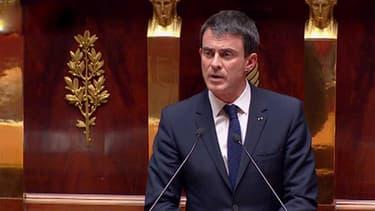 Manuel Valls a déclenché le recours à l'article 49-3 pour faire adopter la loi Macron sans vote, mardi après-midi à l'Assemblée nationale.