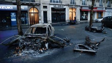 Paris se réveille avec la gueule de bois ce dimanche matin
