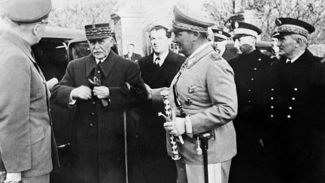 Le maréchal Pétain et Hermann Goering, en 1941.