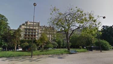 L'artisan devait faire des travaux dans un appartement situé avenue Foch. (image d'illustration) - Capture Google streetview