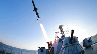 Photo non datée du lancement d'un missile naval par l'armée nord-coréenne.