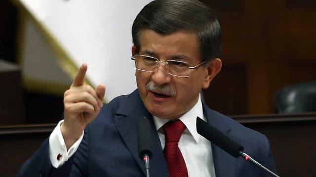 """Le Premier ministre turc ne veut  pas de """"marchandage"""" de la Turquie sur la question des réfugiés - vendredi 18 mars 2016"""