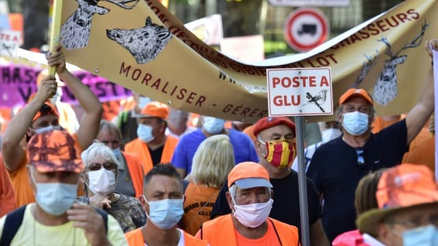 Manifestation de chasseurs favorables à la chasse à la glu, le 12 septembre 2020 à Prades