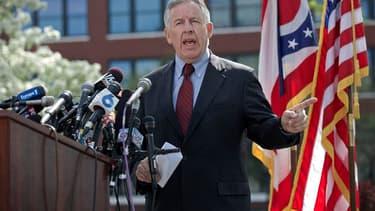 Le procureur Timothy McGinty a déclaré vouloir obtenir l'inculpation pour meurtre avec circonstances aggravantes d'Ariel Castro, l'homme de 52 ans accusé d'avoir enlevé et séquestré pendant dix ans trois jeunes femmes dans sa maison. /Photo prise le 9 mai