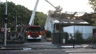Un gymnase a été détruit par un incendie à Nanterre.