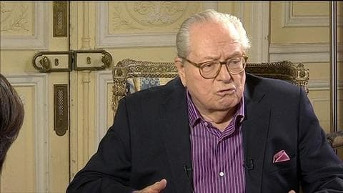 """Jean-Marie Le Pen condamne les homosexuels """"qui chassent en meute"""""""