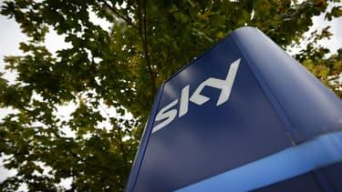 Londres va enquêter sur le rachat de Sky par Fox