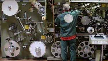Un quart des investissements étrangers en France concerne des implantations industrielles aux faibles besoins en main-d'oeuvre.