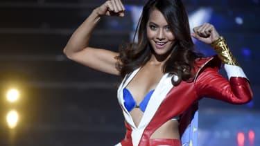 Miss Tahiti Vaimalama Chaves lors de la soirée