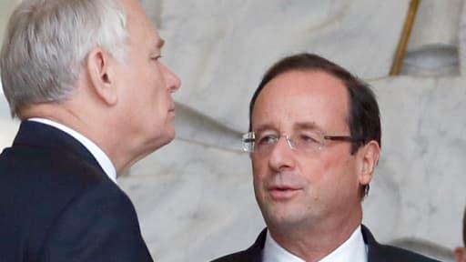 Les cotes de popularité de François Hollande et Jean-Marc Ayrault sont à leur plus bas niveau depuis mai 2012.