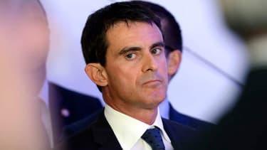 Manuel Valls contredit Ségolène Royal sur la gratuité des autoroutes le week-end