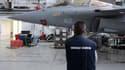 Les exportations ont tout particulièrement baissé pour l'industrie aéronautique et le matériel de guerre